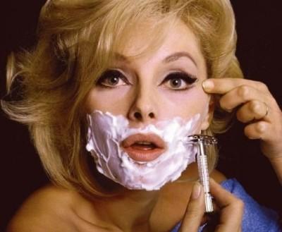 woman-shaving-face-e1297227843620