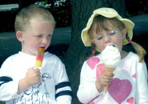 looking-at-neighbors-ice-cream
