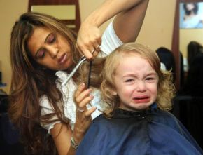 The 8 struggles girls face at thehairdressers