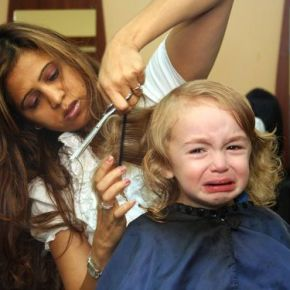 The 8 struggles girls face at the hairdressers
